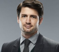 james-lafferty-volwassen
